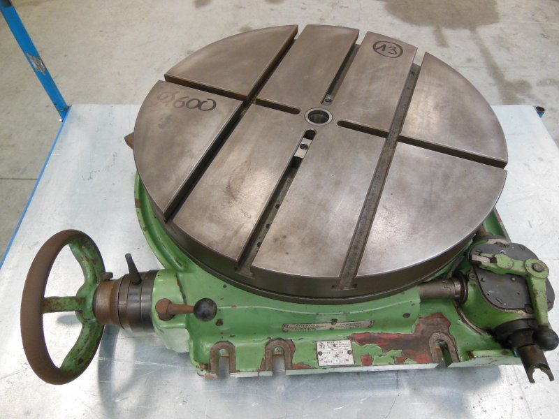 13 - HURE - Plateau circulaire TYPE 16084
